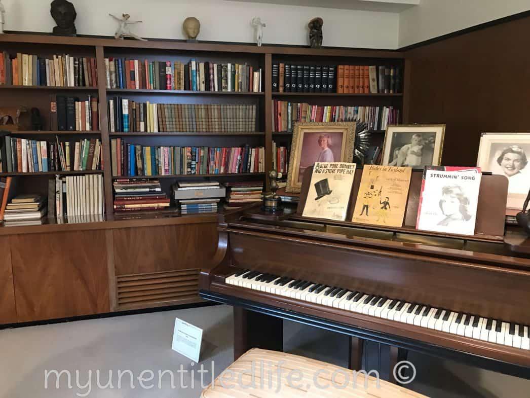 walt-disney's-piano-my-unentitled-life