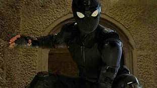 spiderman far from home costume and review